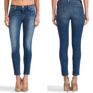 J Brand Skinny Leg Jeans Like New!!  Size 27